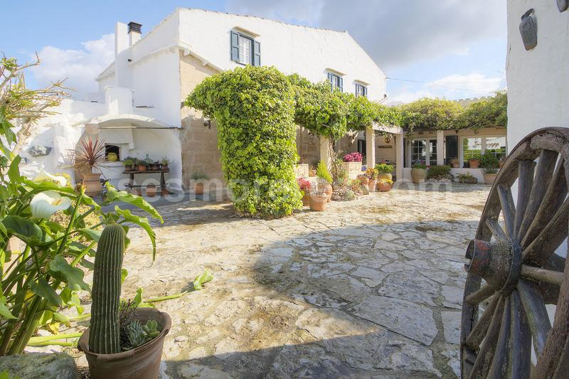 Period country house for sale in San Clemente-Mahon!!