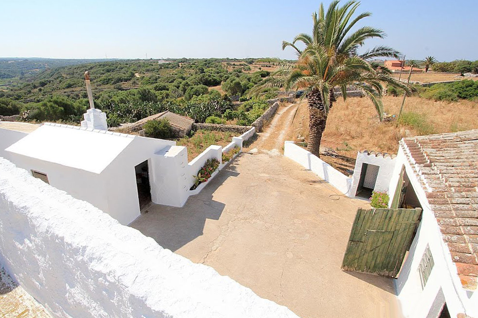 Menorcan Country estate at an unbeatable price