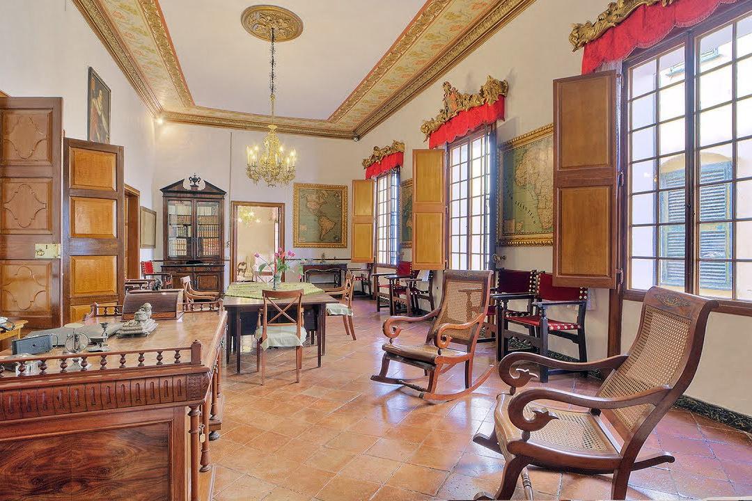 Extraordinary historical property in Menorca