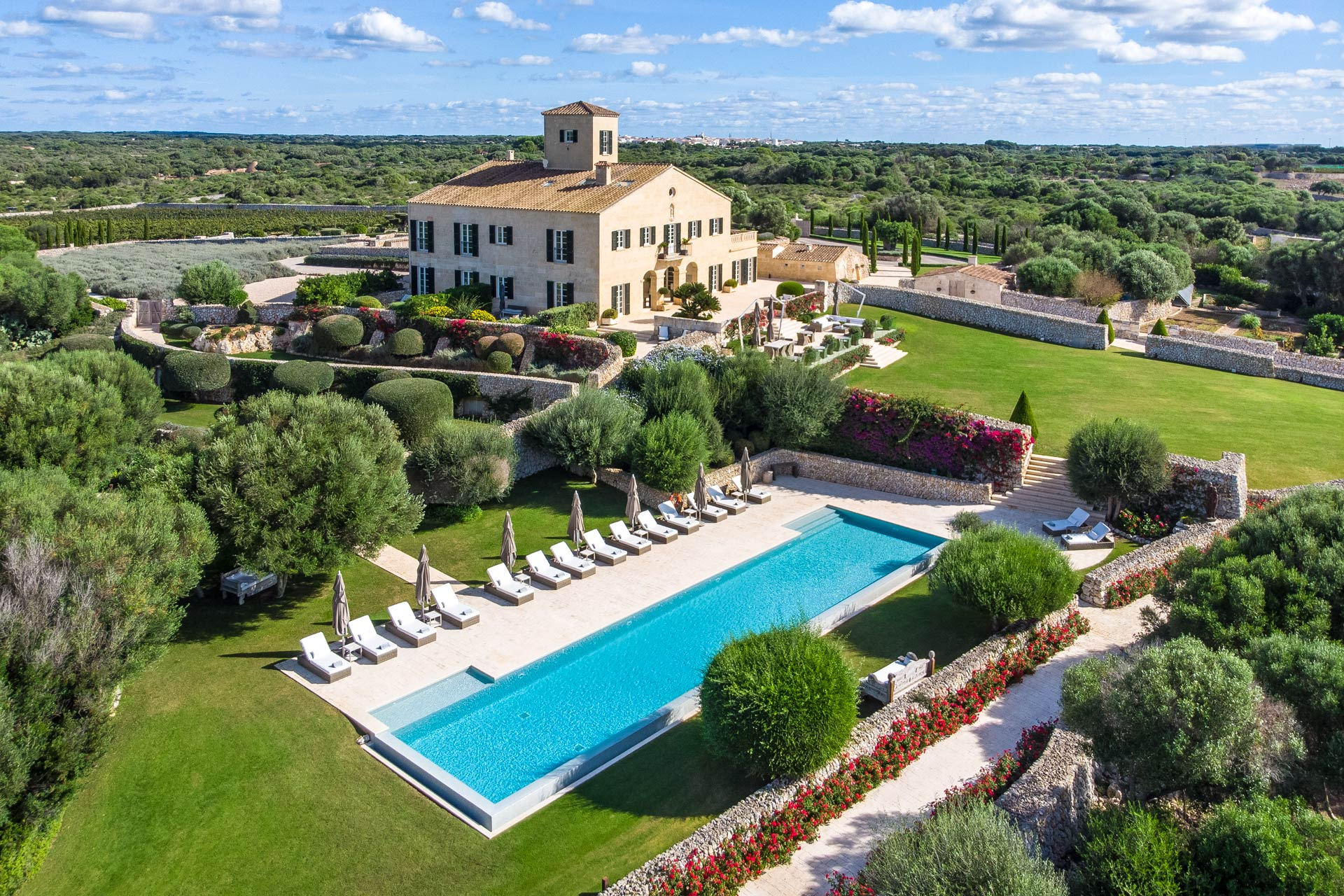 The most luxurious and exclusive hotel in Menorca